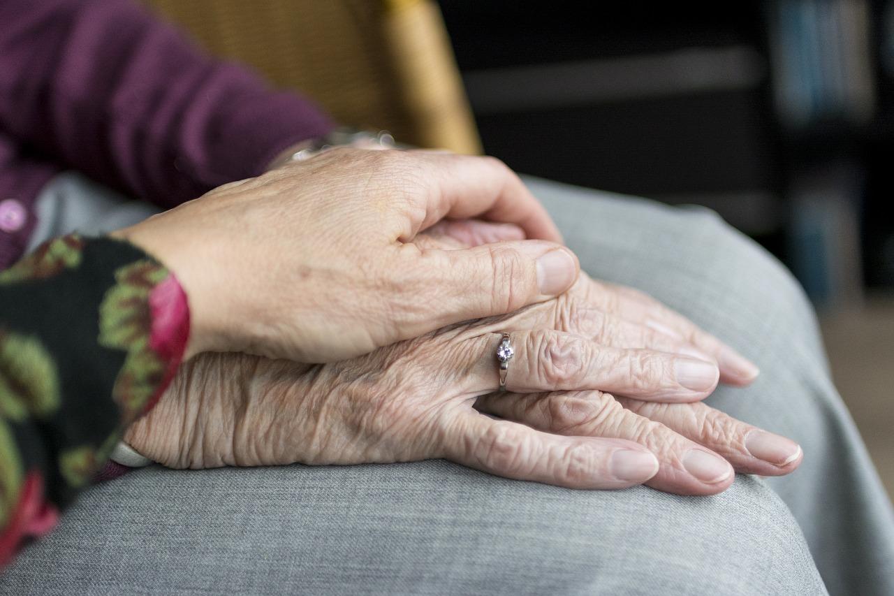 認知症BPSDの服薬管理に悩む介護者のための偽薬